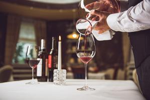 Wijn decanteren, wat is het en hoe werkt het?